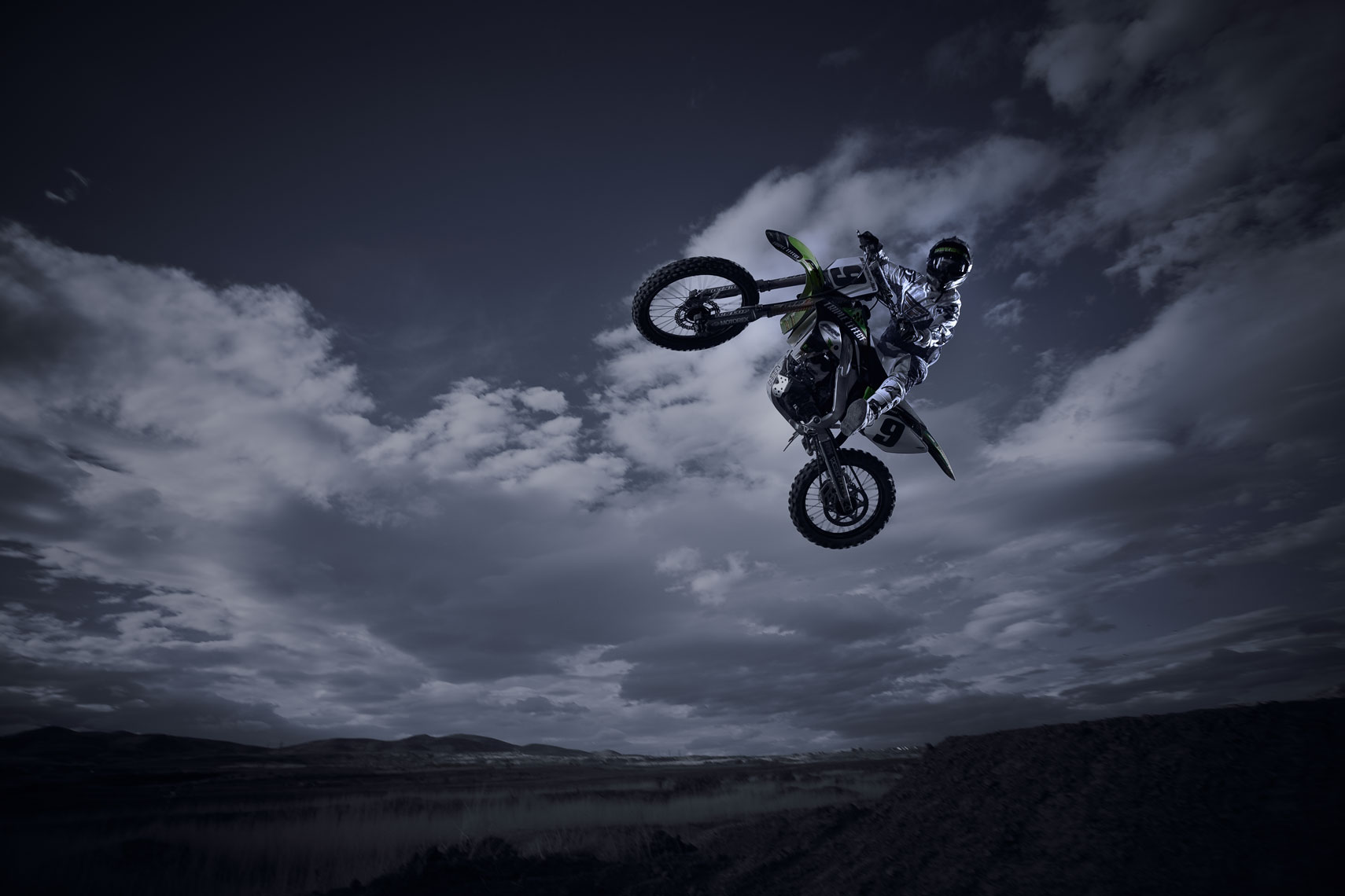 Dirt Bike | Skylar Nielsen  Photography
